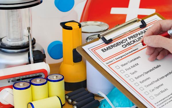 Disaster checklist & supplies